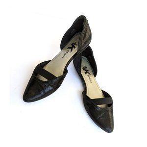 Anne Klein Sport Black Textured Pointed Flat Shoes